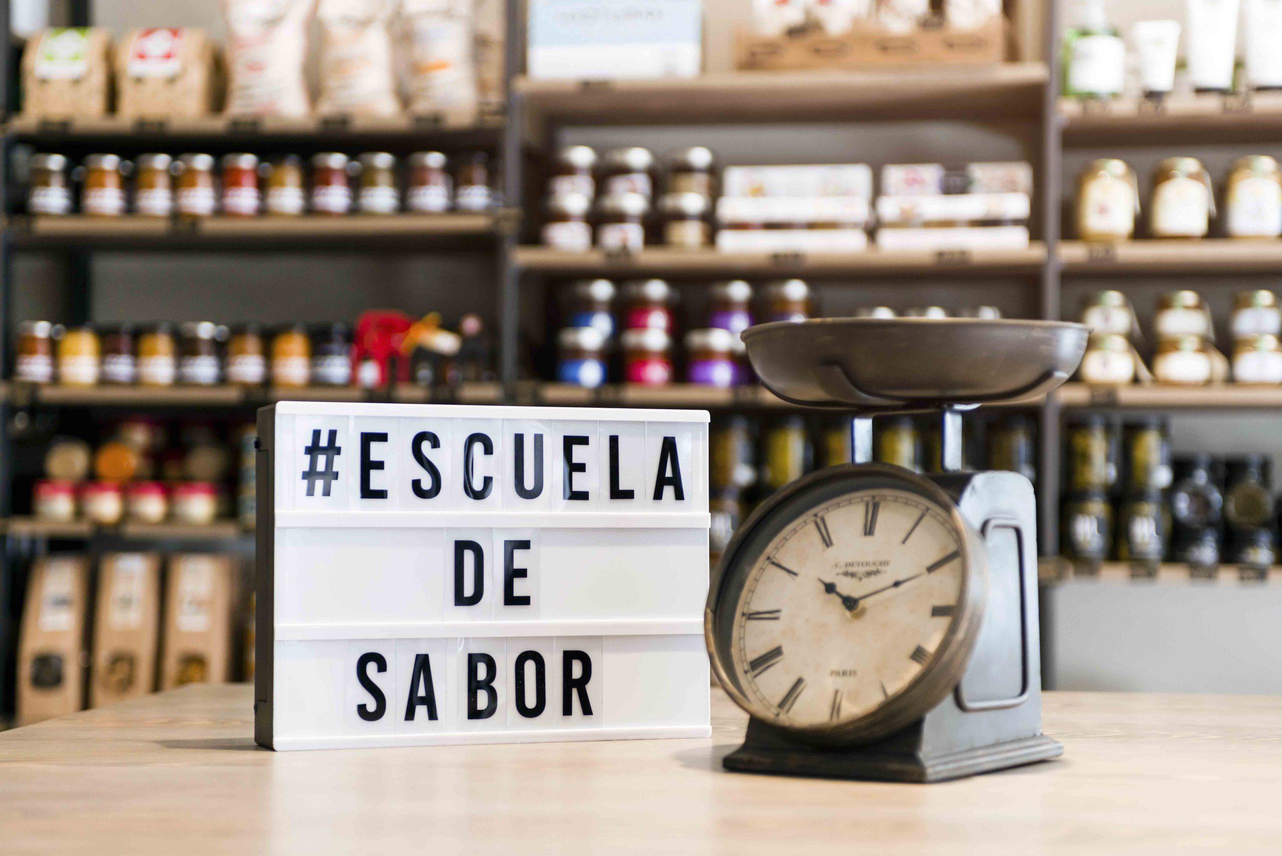 http://gustavolahera.com/wp-content/uploads/2020/11/Foto-13-Escuela-de-Sabor-scaled.jpg